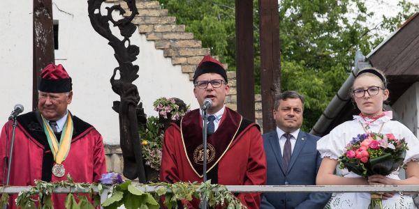 Hajóson május 18-án 39. alkalommal rendezték meg az Orbán-Napi borünnepet