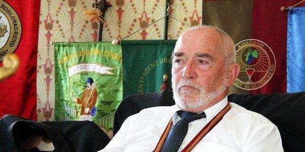 Dr. Urbán András
