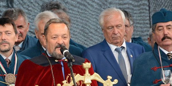 Az elnökség tagjai