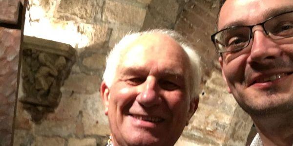 Párizsban találkozott Dr. Brazsil Dávid, az MBOSZ nemzetközi bizottságának elnöke Alan Brydennel, a Borrendek Világszövetségének elnökével